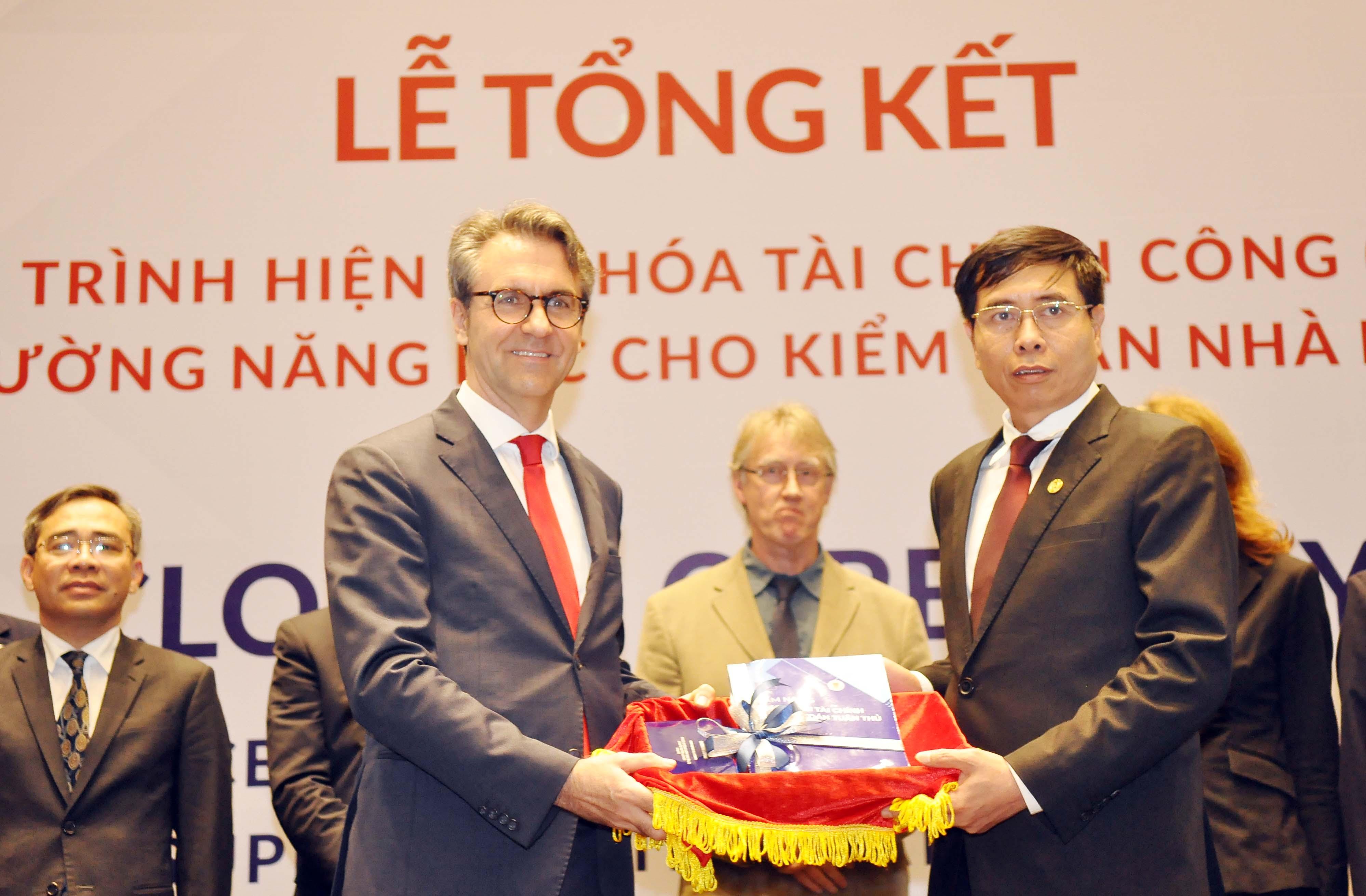 Bàn giao các sản phẩm của Dự án Hỗ trợ Kiểm toán nhà nước Việt Nam nâng cao trách nhiệm giải trình, tính minh bạch và vai trò giám sát hoạt động quản lý tài chính công